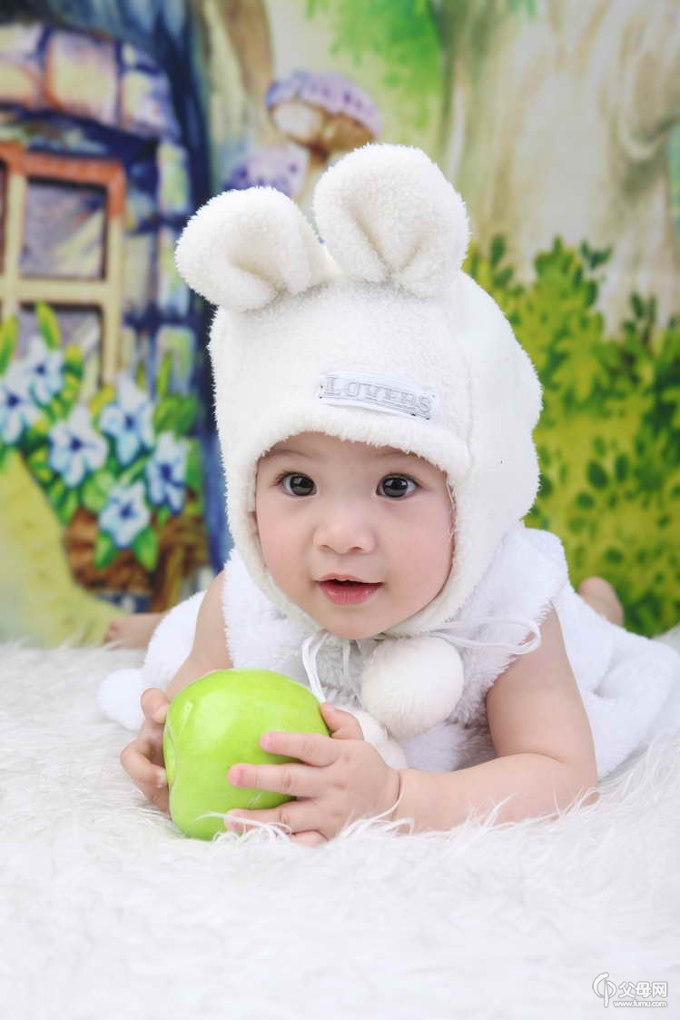 宝宝 壁纸 儿童 孩子 小孩 婴儿 749_1123 竖版 竖屏 手机