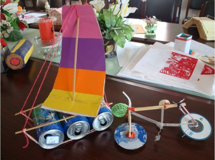 摆饰——用易拉罐制作的帆船
