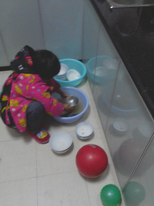 劳动技能洗碗手抄报