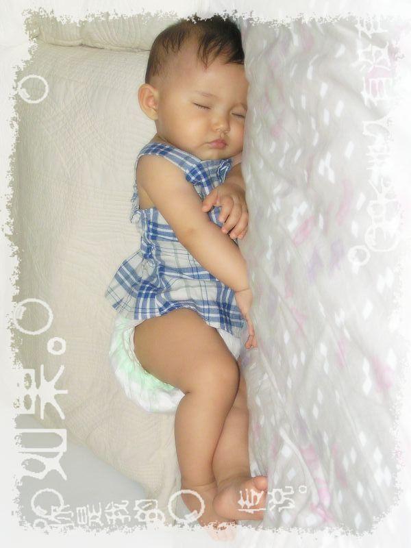 《父母世界》征集:展示宝宝可爱睡姿的图片,已经截止