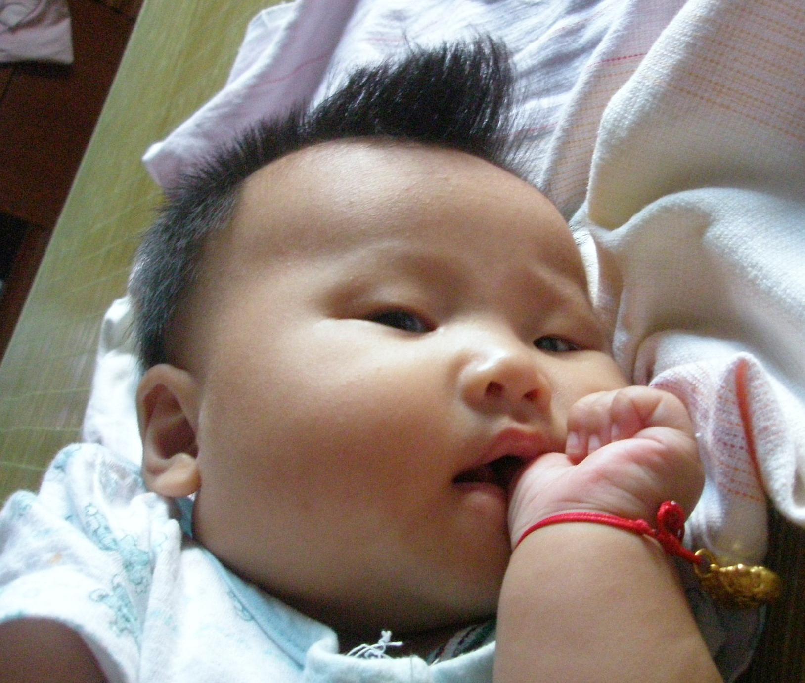 可爱婴儿头像酷