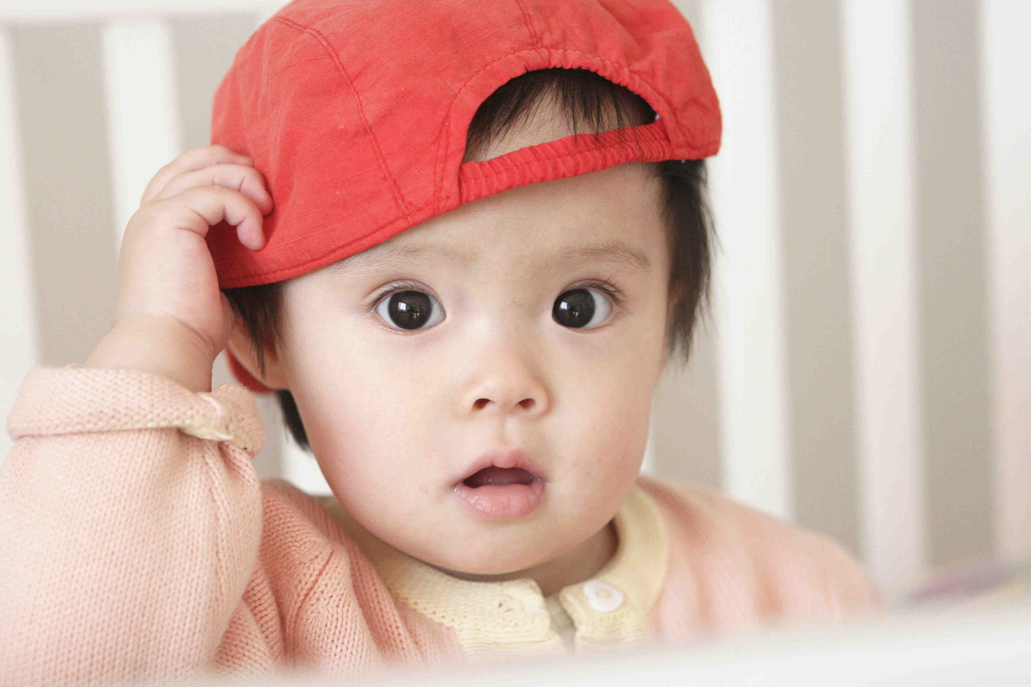 图片小孩可爱带帽子
