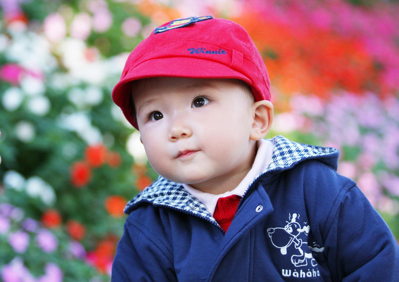 灿灿弟弟的帽子,蒲儿带着像个小男孩