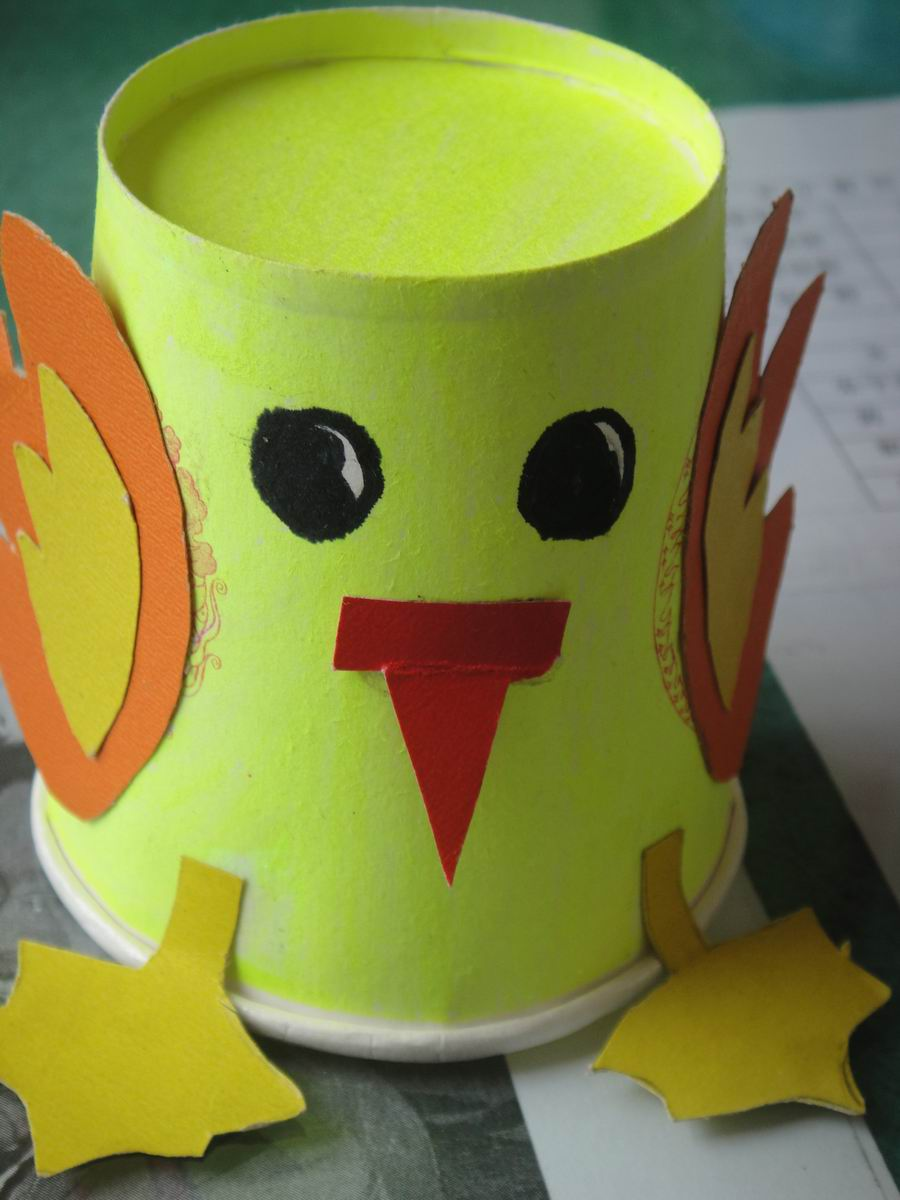【快乐的纸杯世界】小青蛙的幸福生活