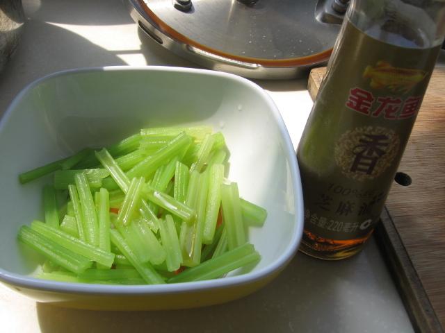 吃糠咽菜,低碳健康