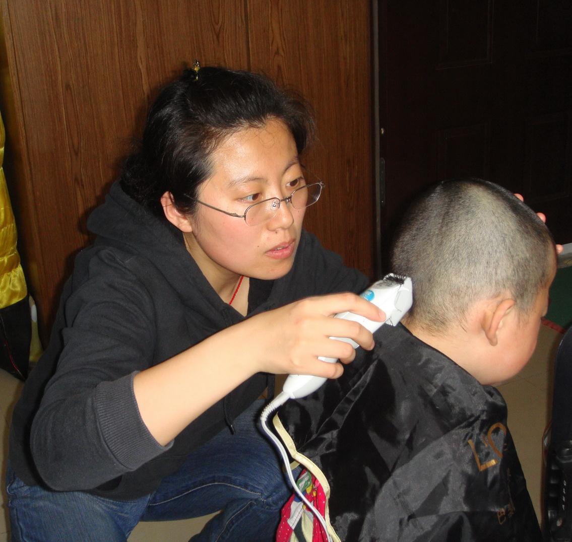 6岁女童发型图片大全 6岁女童发型短发 6岁女童发型扎法图图片