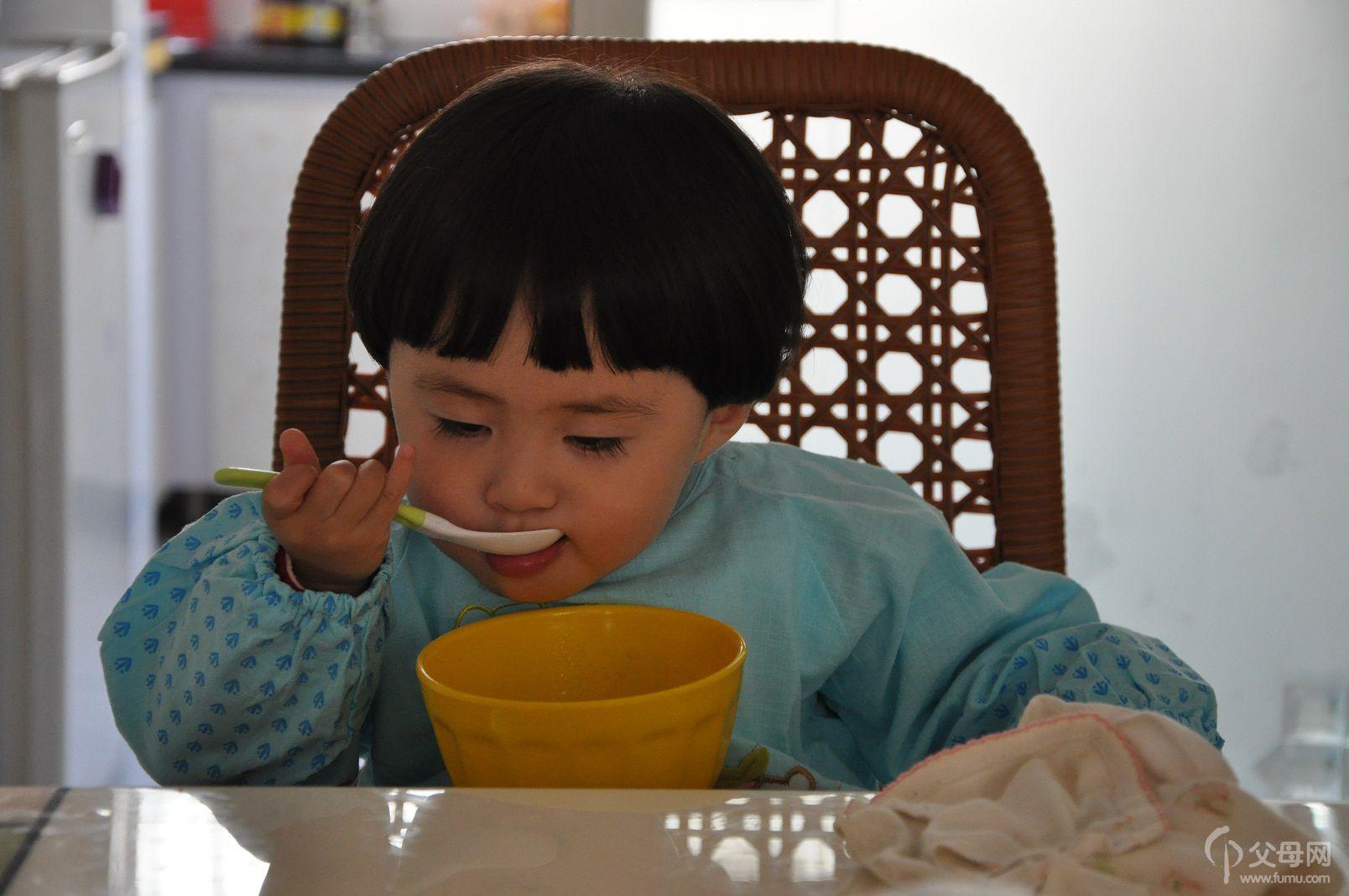 盘子巧虎儿童手工制作